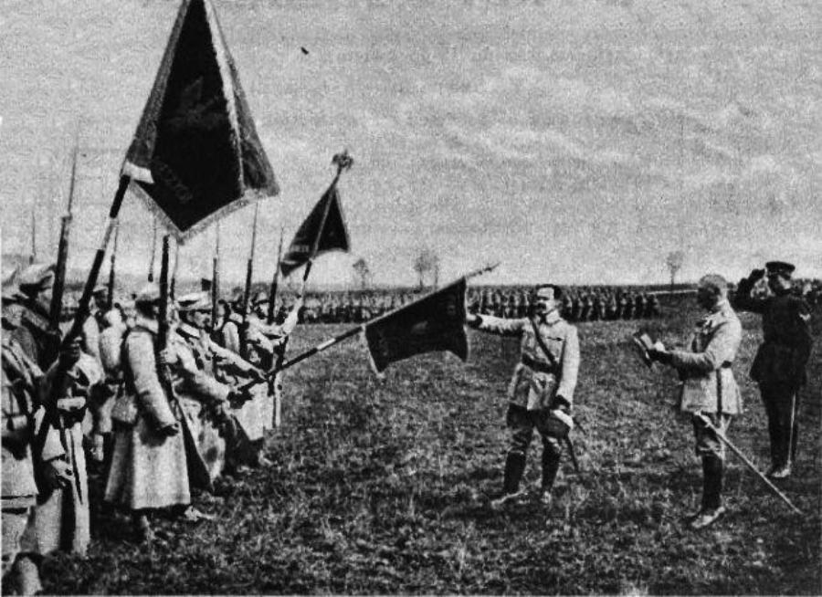 Спільно, але не спільну. Польща запропонувала Україні спільно відзначити перемогу над Росією...