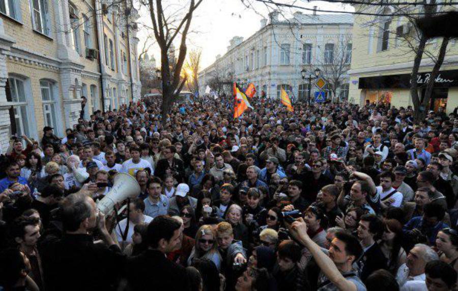 Пожар гибридной революции разгорается в России